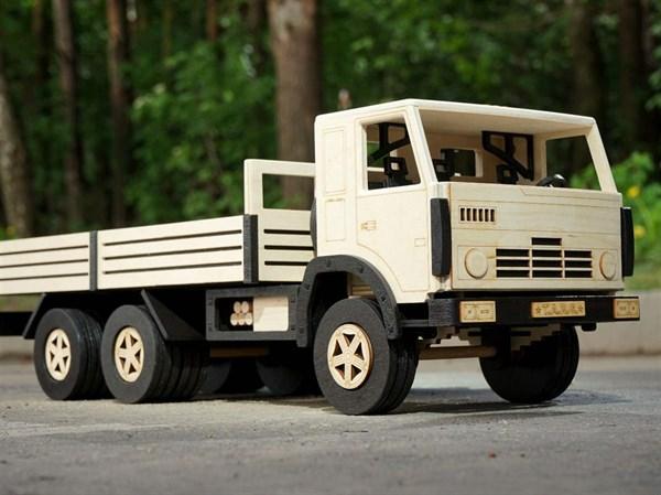 Игрушка TARG Модель для сборки Бортовой грузовик - фото 10255