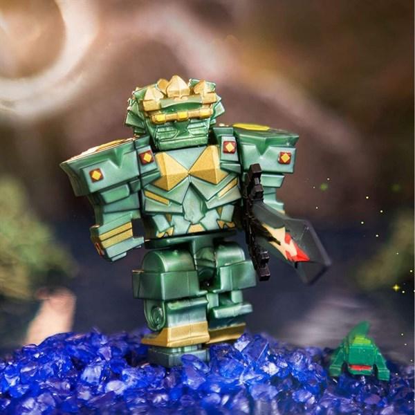 Игрушка Roblox - фигурка героя Fantastic Frontier: Guardian Set (Core) с аксессуарами - фото 11224