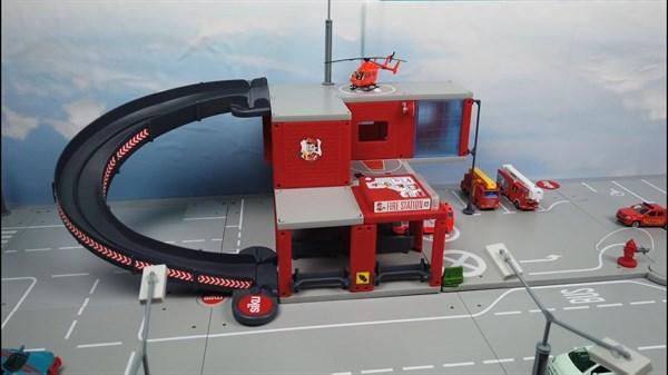 SIKU SW Пожарная станция - фото 11242
